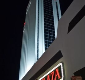 Trump Plaza - Photo - Rian Castillo